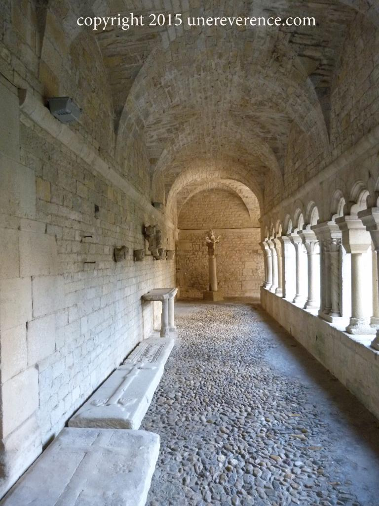 cloister, Southern gallery