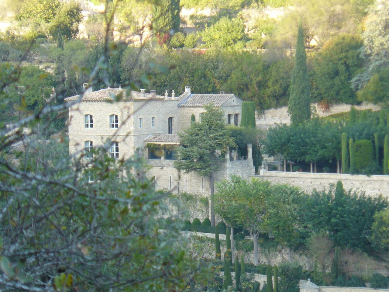 Une villa de Gordes