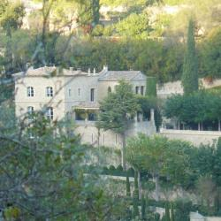A Gordes villa